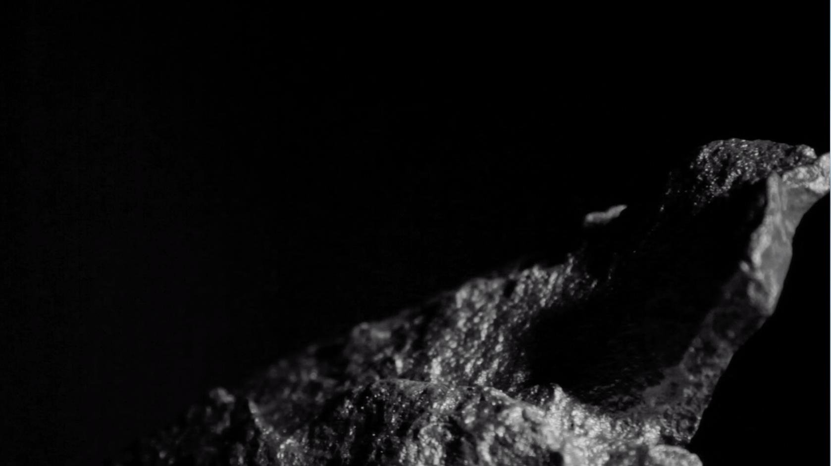 山洞的岩石一